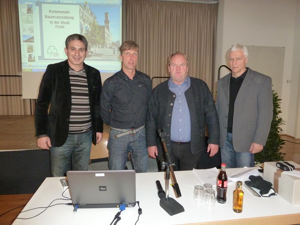 Eisbärbabys in Hellabrunn | Treffen und Finden | BR-Kinderinsel